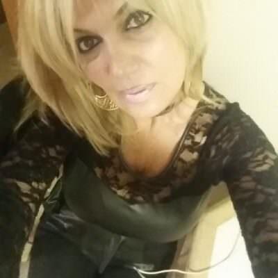blonde549